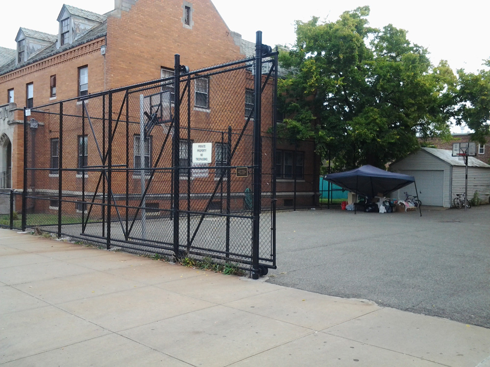 12ft High Black Vinyl Coated System With Cantalever Gate