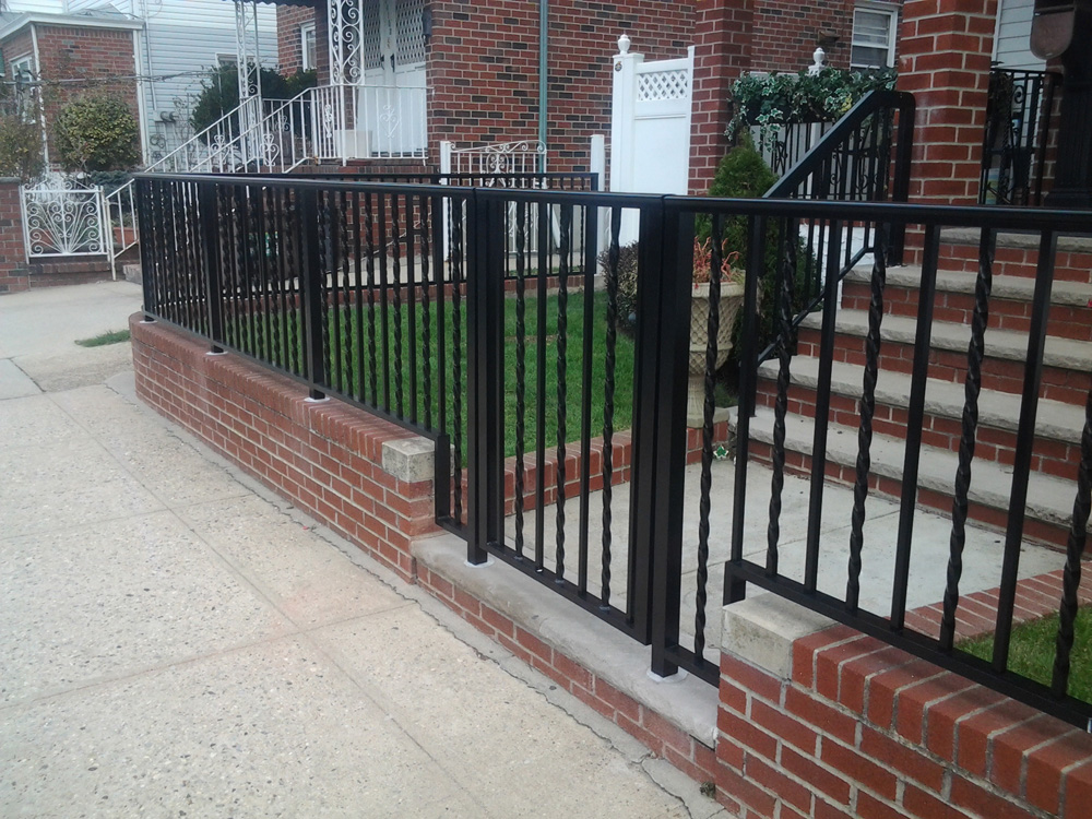 Aluminum railings olympic fence